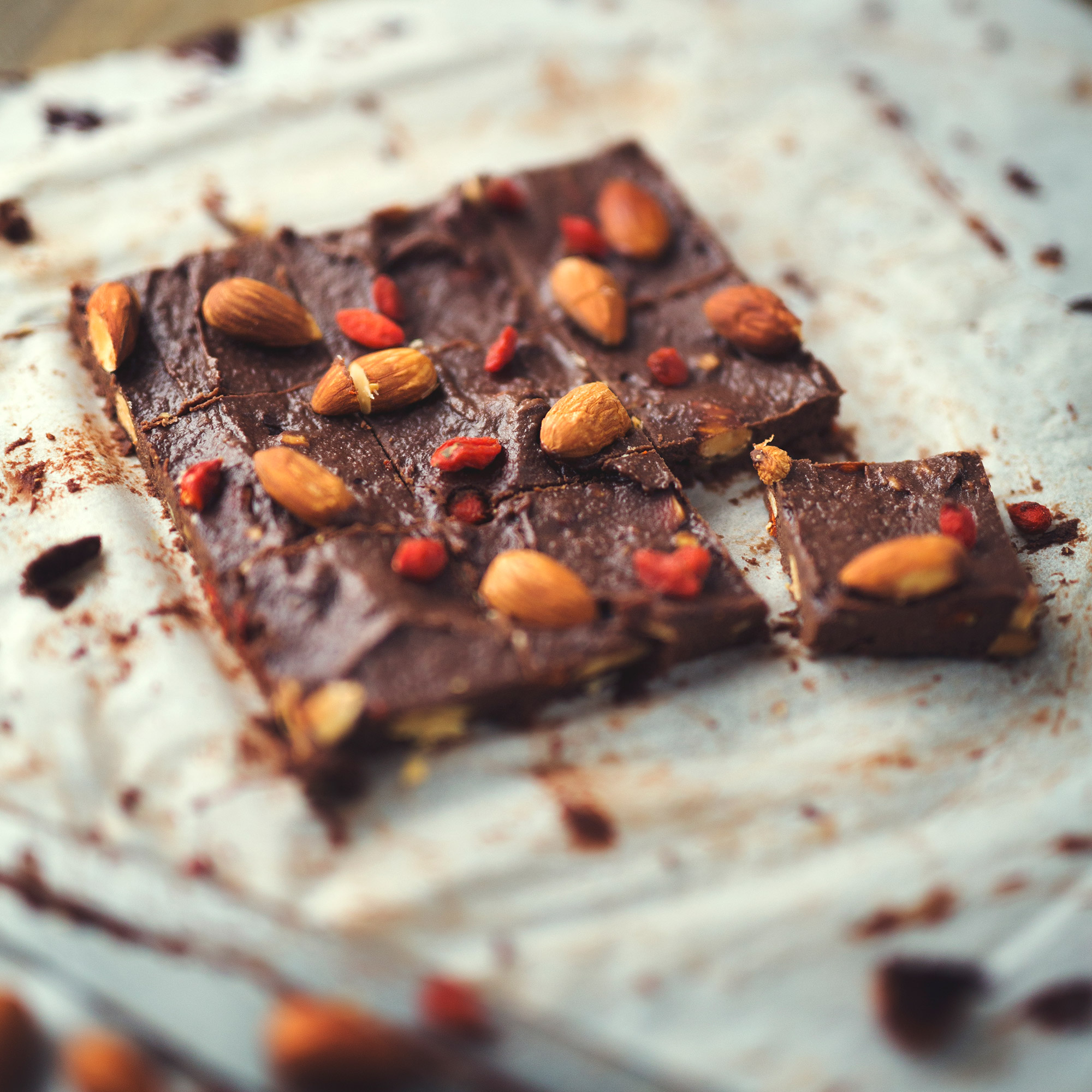 Roasted Almond and Goji Berry Chocolate Fudge