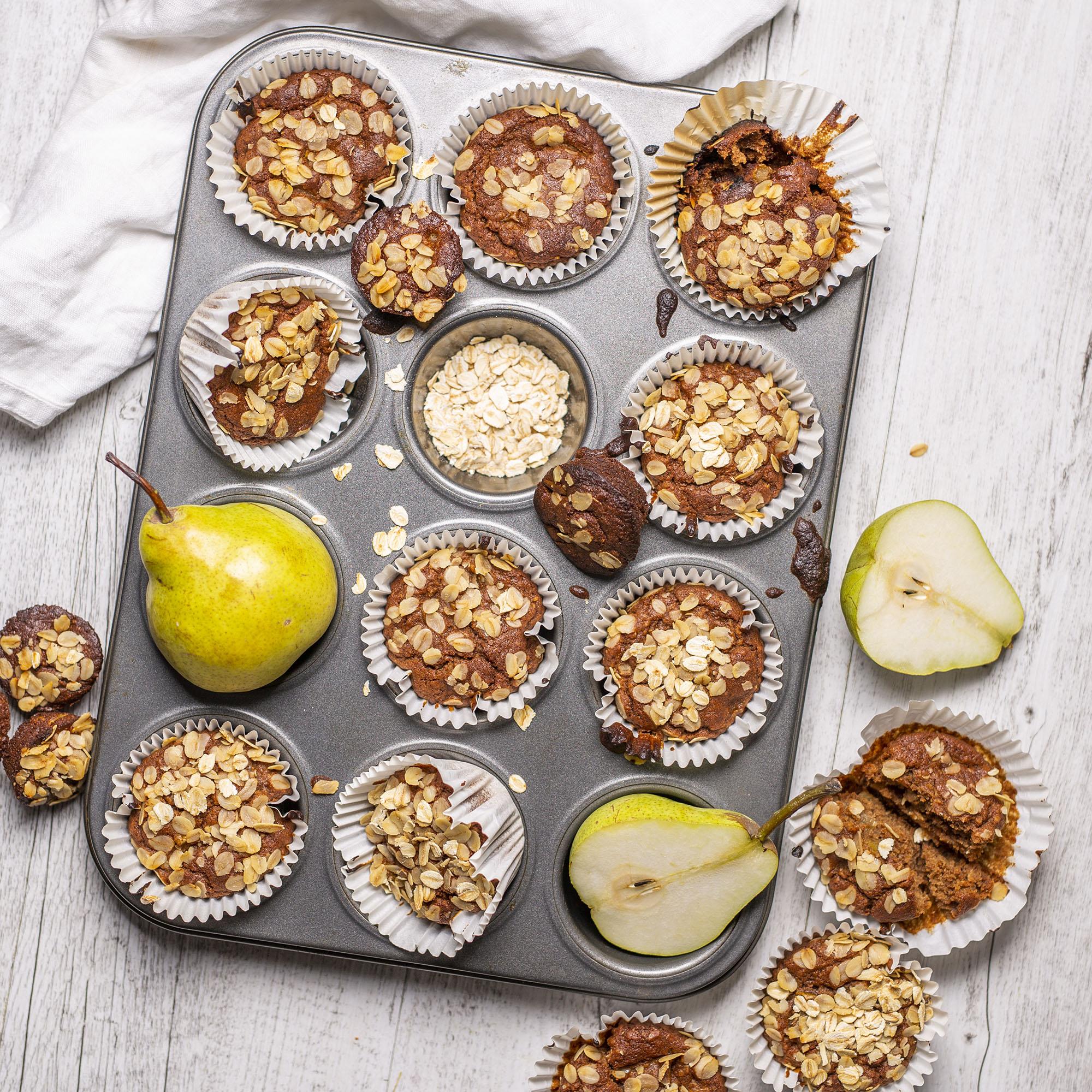 Vegan Spiced Oat Pear Muffins