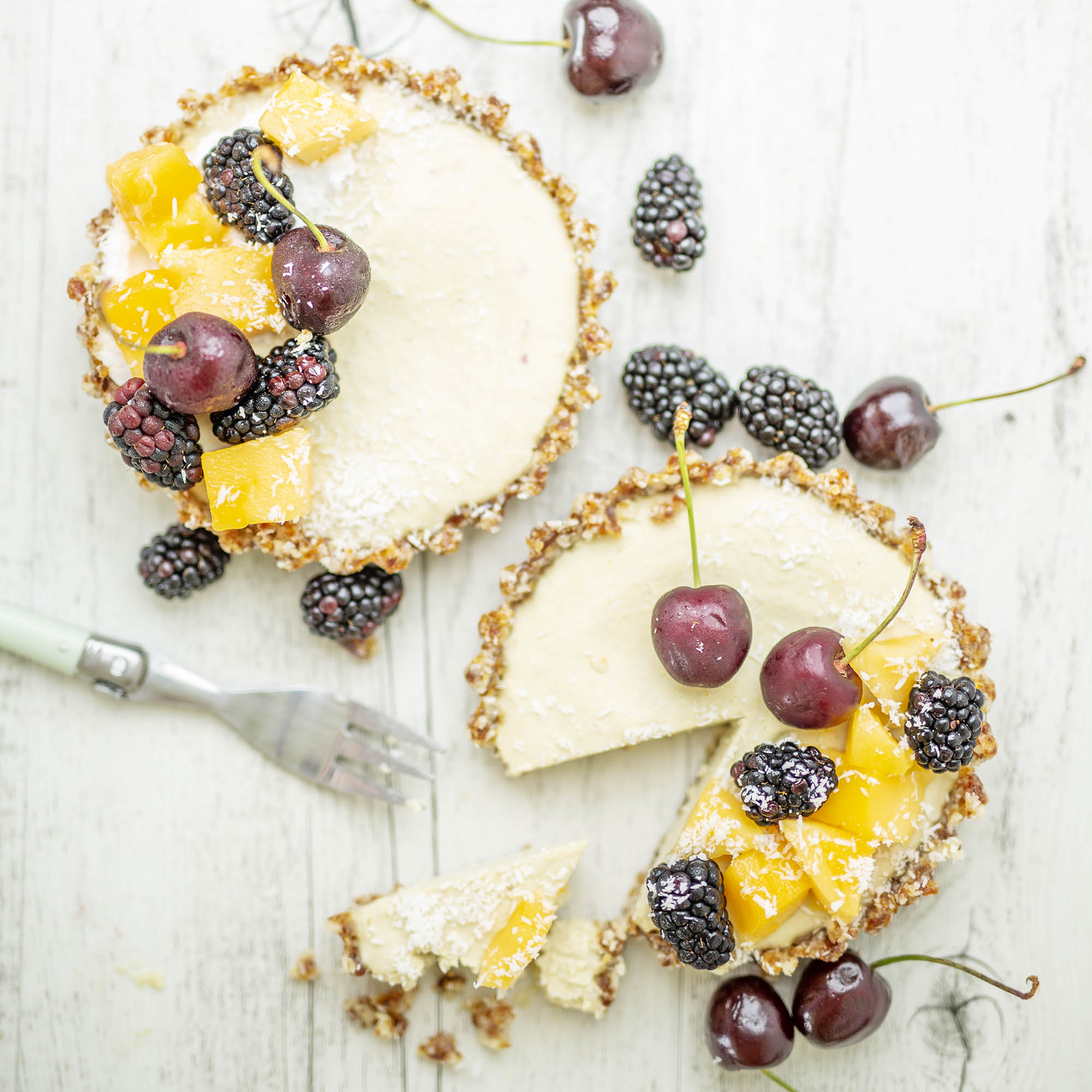 Raw Vegan Mango Macadamia Cheesecake Tarts