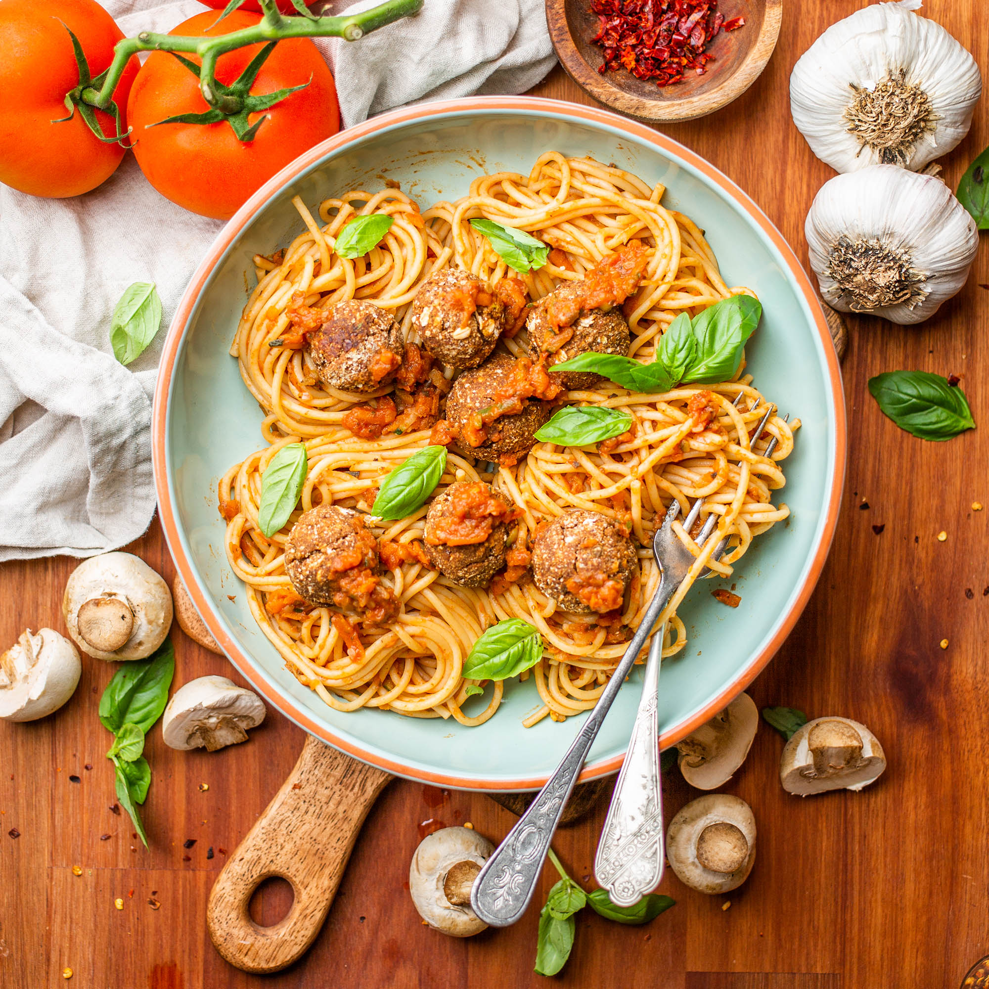 Vegan Spaghetti Meatball Bolognese with Lentil and Walnut Meatballs