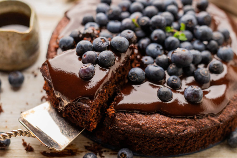 Healthy Vegan Chocolate Mud Cake with Avocado Oil